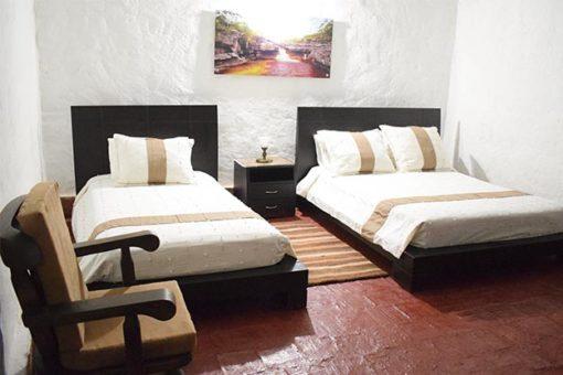 hotel santa cecilia habitacion